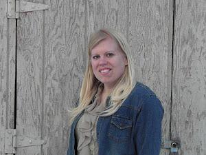 Jessica Collins, Oshkosh
