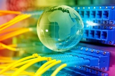 La IoT (Internet de las cosas) y sus implicaciones éticas, legales y de seguridad.