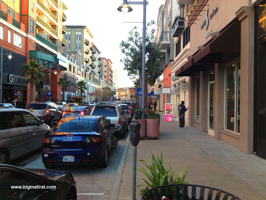 Shopping in San Francisco Whether you're a city-dwelling resident or you're just passing through, time spent in San Francisco calls for a visit to Stonestown Galleria. This premier shopping center boasts more than specialty stores filled with your new favorite londonmetalumni.mlon: 20th Ave, San Francisco, , CA.