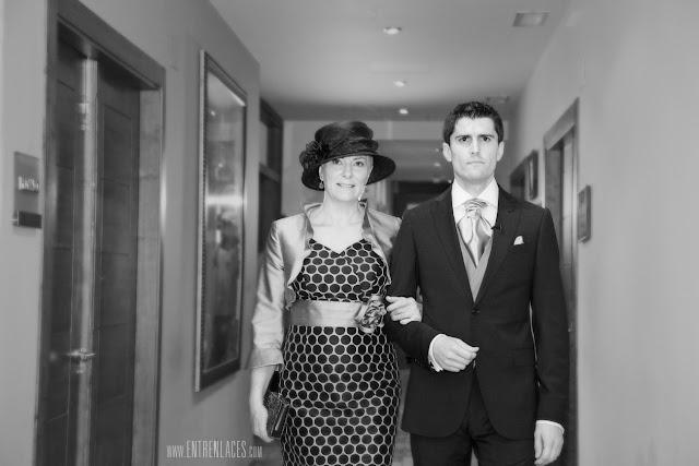 vestido-de-madrina-novio-Asturias-boda-fotografo-Torazo-bodas-civiles-hoteles-restaurantes