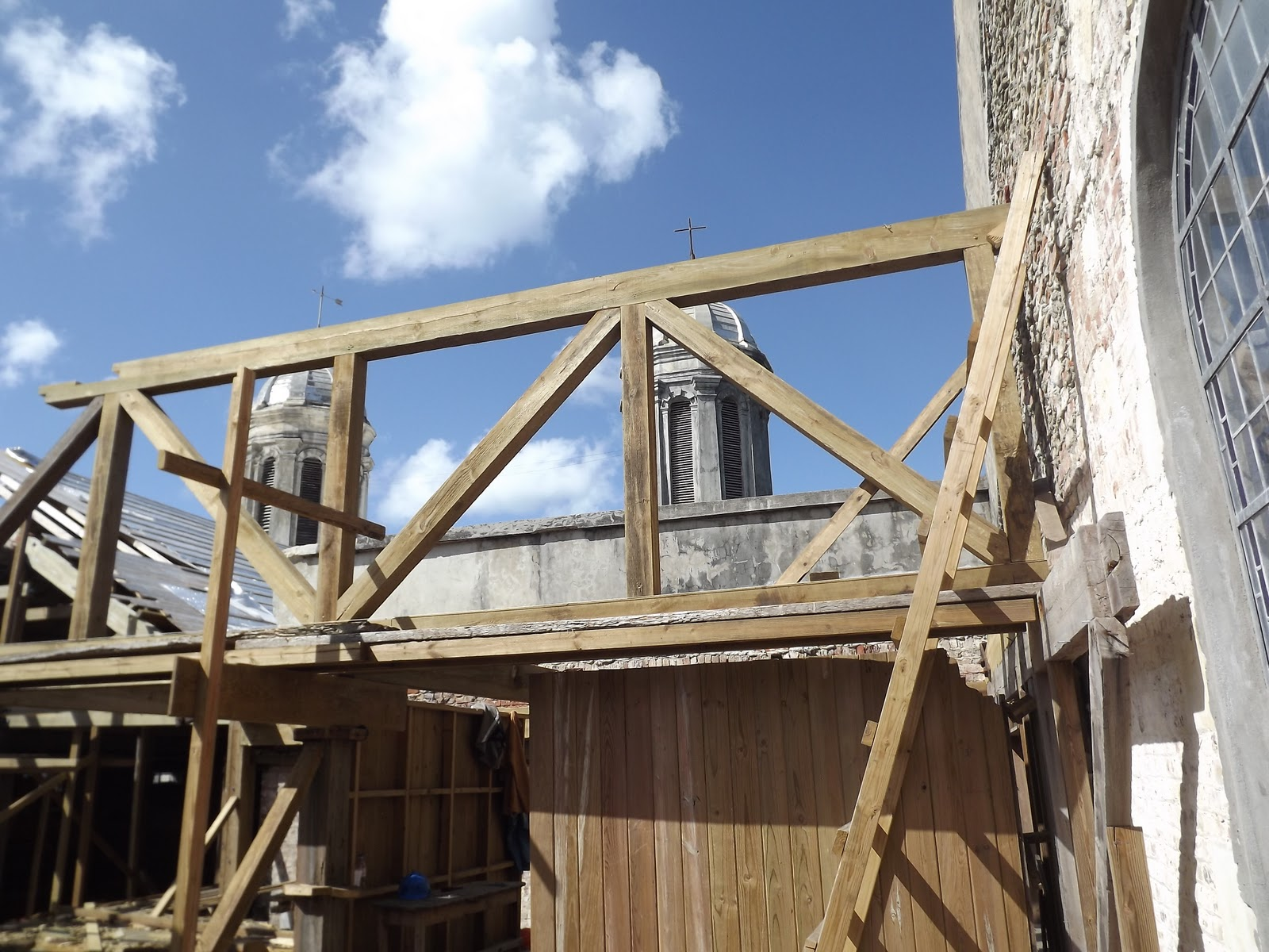 The Restoration Of St John 39 S Cathedral New Roof Trusses