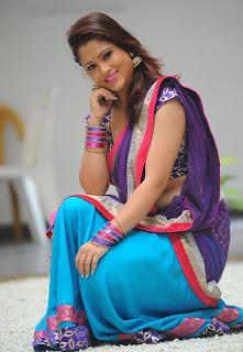 Shilpa Chakravarthy Spicy Picture Gallery in Saree