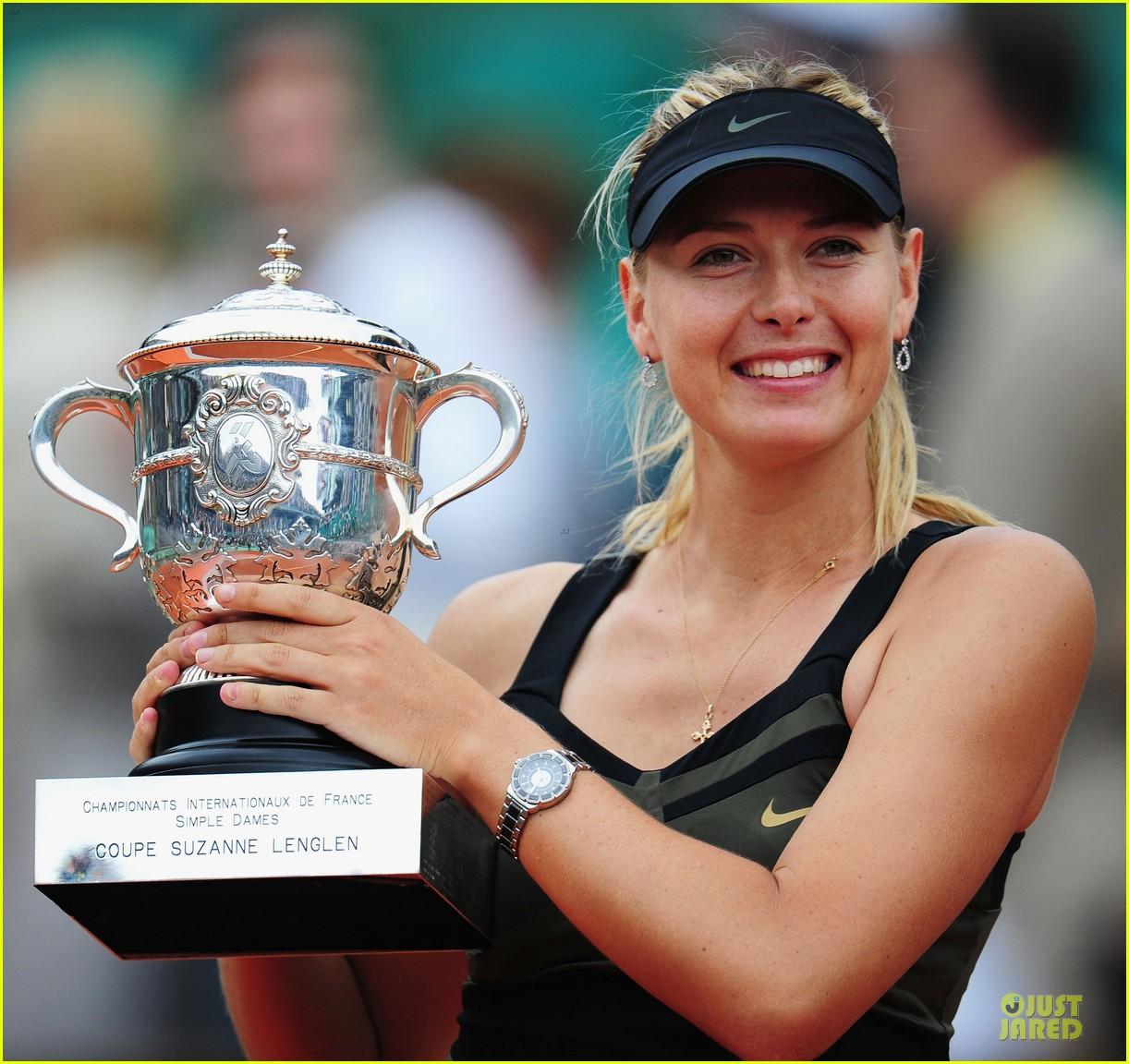 http://1.bp.blogspot.com/-NOLjLrILPXM/T_AtHgMD8jI/AAAAAAAAA0s/g9-tqgq-_dE/s1600/Maria-Sharapova-09.jpg