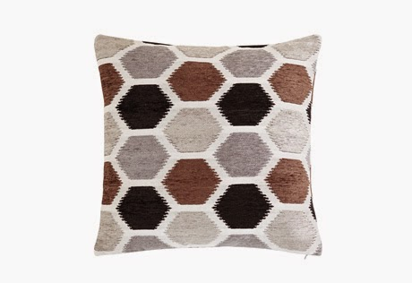 http://www.surefit.net/shop/categories/specialty-pillows/honeycomb-chenille-20inch-pillow.cfm?sku=44025&stc=0526100001