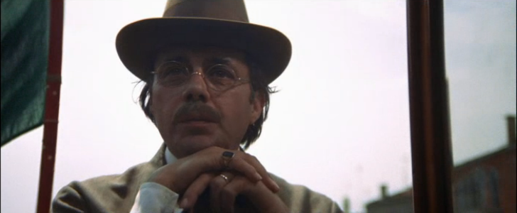 death in venice aschenbach contemplating the Dirk bogarde in death in venice (morte a venezia) photograph: ronald grant archive there is possibly a no more overwhelming death in cinema than the one that ends this adaptation of thomas mann's .
