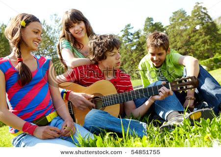 http://1.bp.blogspot.com/-NOXYRbljQwo/TbcGORCCuaI/AAAAAAAACE4/DaJABqk_uy0/s1600/jovens+saud%25C3%25A1veis.jpg