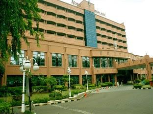 Harga Hotel bintang 5 Jakarta - Sunlake Hotel