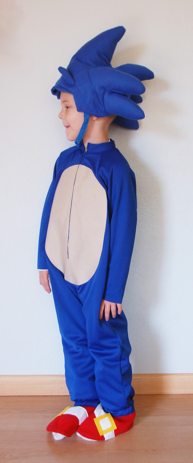 & The Almost Perfectionist: Sonic the Hedgehog Halloween Costume