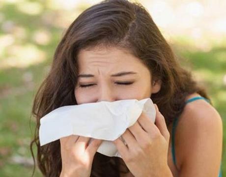 Phân biệt viêm mũi dị ứng và bệnh lý hô hấp thường gặp