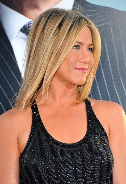 Aniston hairstyles haircut jennifer aniston hairstyles pictures