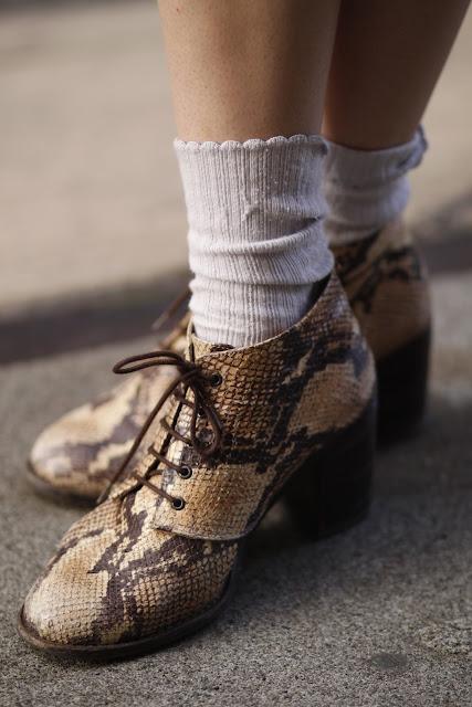 snake skin booties seattle street style fashion