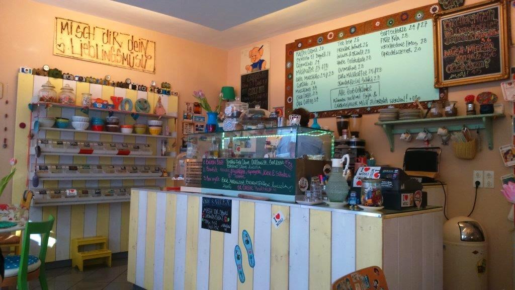 Frühstücken belgisches Viertel Köln Cafe Kaffee Torte Kuchen