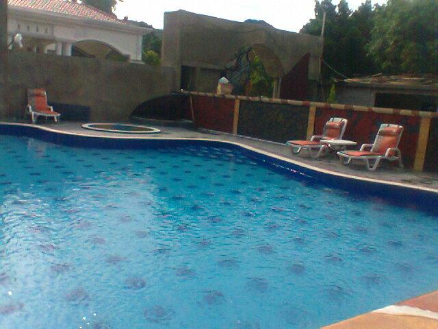 harga pembuatan kolam renang kontraktor kolam renang