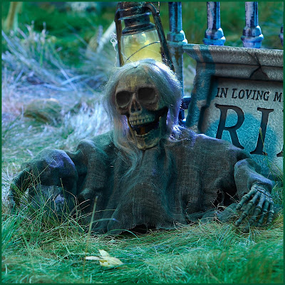 Grave Ground Breaker Skull with Hair halloween decoration