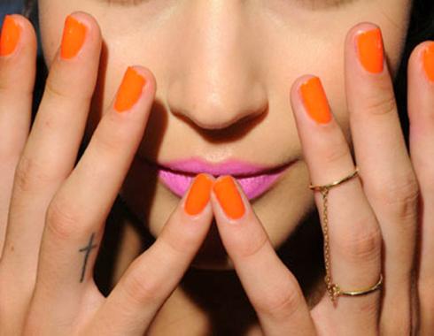 nails nail Como Combinar Batom e Esmalte
