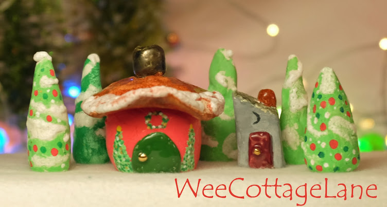 Wee Cottage Lane  Christmas
