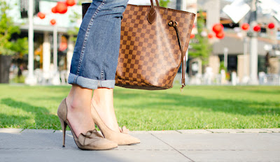 Elizabeth and James, Louis Vuitton Neverfull
