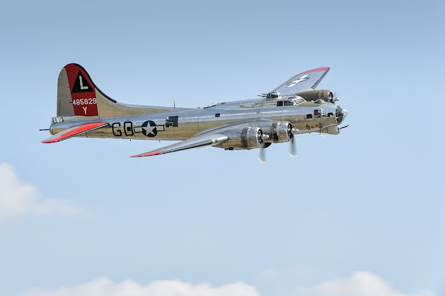 "Boeing B-17G Flying Fortress ""Yankee Lady"" Bomber"