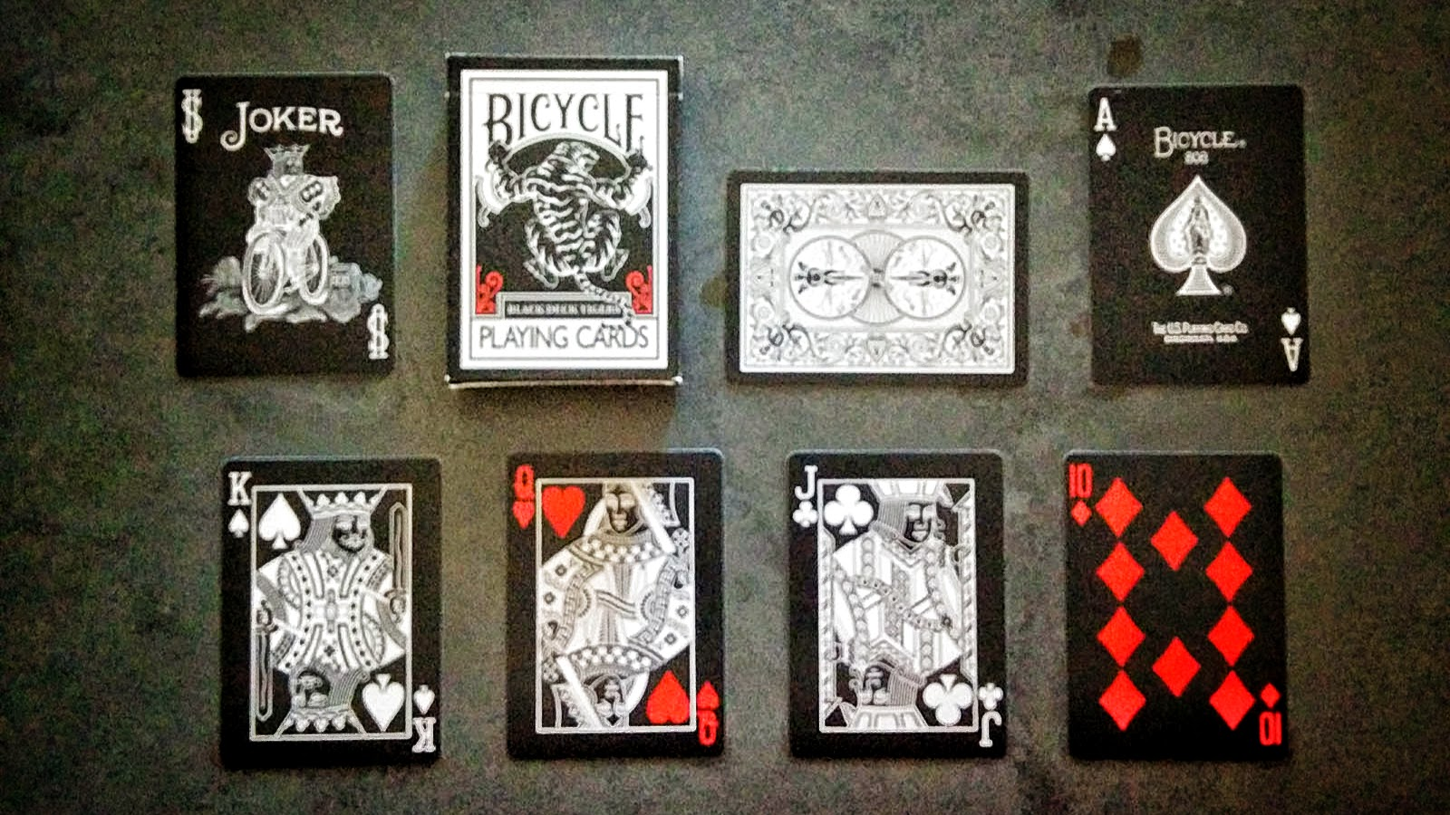 deck view black tiger playing cards