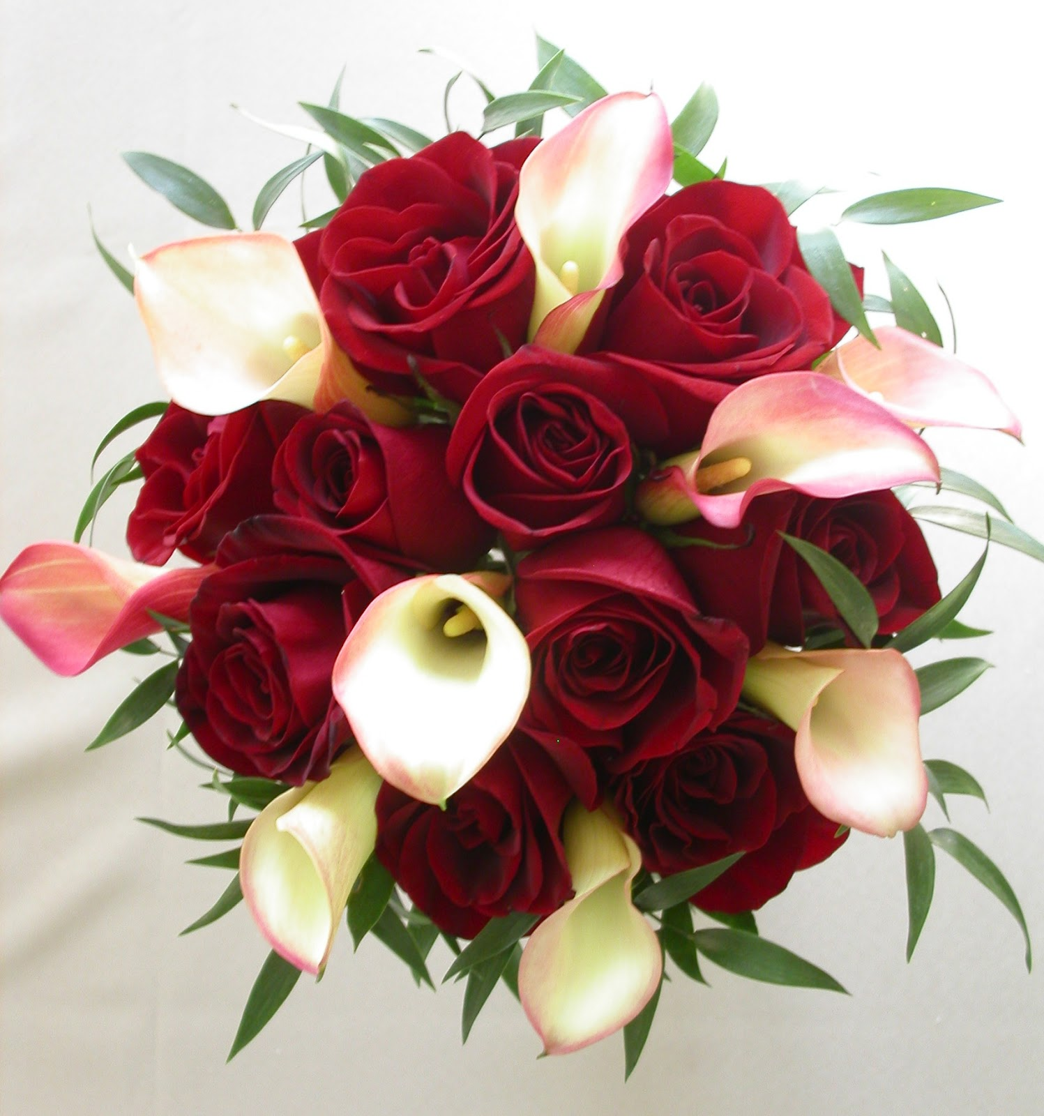 Red rose bridal bouquet for Best flowers for wedding bouquet