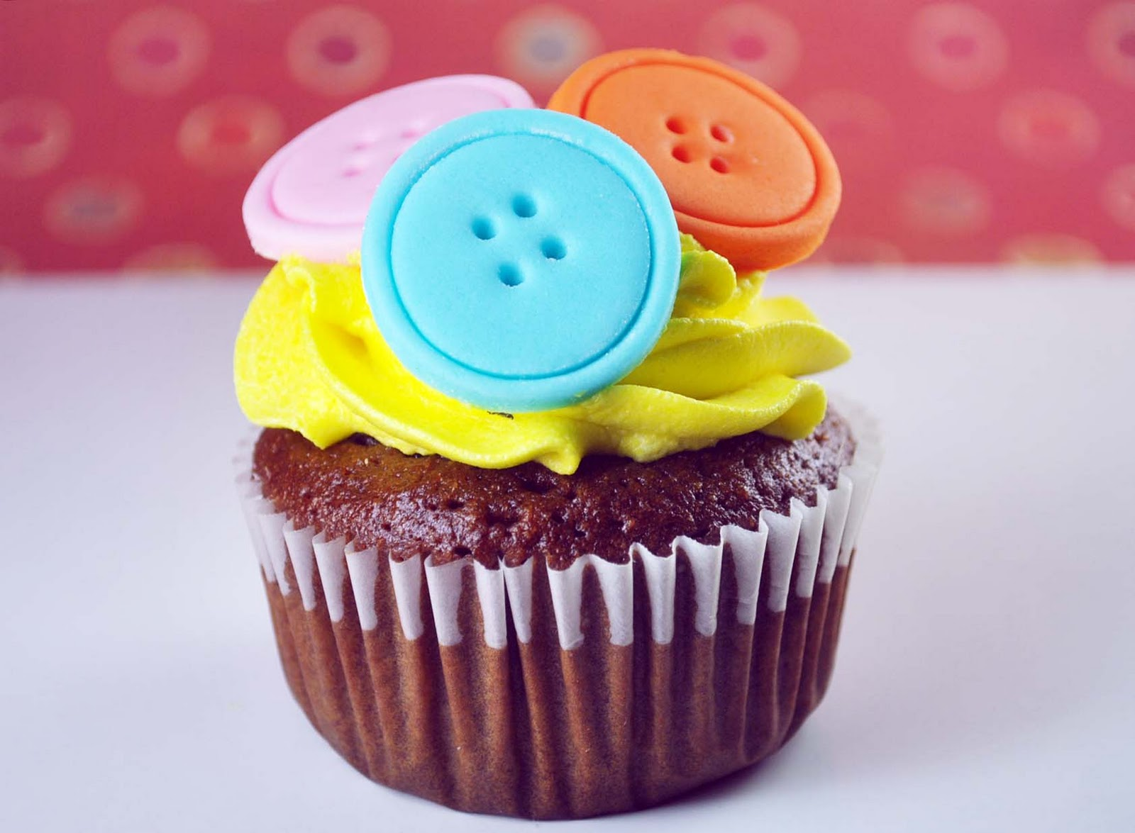 Cupcake Decorating Ideas Using Fondant : How to Make Cute as a Button Cupcake Toppers - Bake Happy