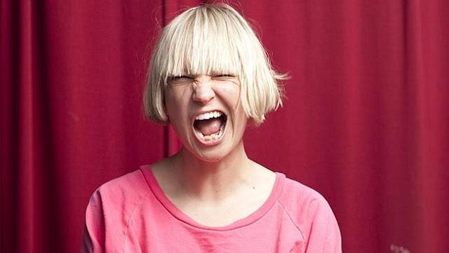"""Escucha """"Broken Glass"""", la nueva canción de Sia."""