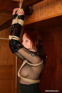 cumshot porn - rs-bdsm-videoz_blogspot_com_00016-738852.JPG