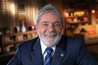 """Por meio de nota, o Instituto Lula disse que """"os valores citados no seu contato foram doados para o Instituto Lula para a manutenção e desenvolvimento de atividades institucionais, conforme objeto social do seu estatuto, que estabelece, entre outras finalidades, o estudo e compartilhamento de políticas públicas dedicadas à erradicação da pobreza e da fome no mundo""""."""