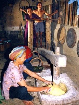 An Dân Corn Vermicelli in Phú Yên Province (Bún Bắp)2