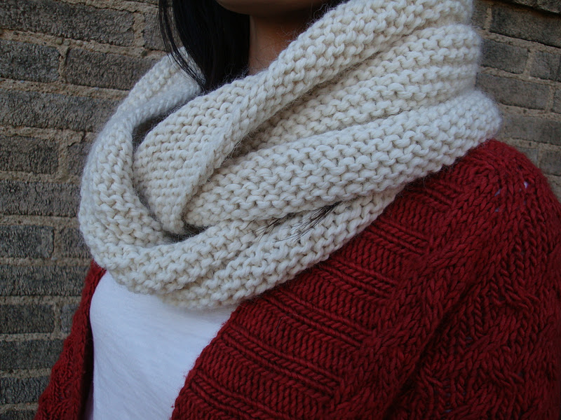 Life on Laffer: Garter Stitch Eternity Scarf