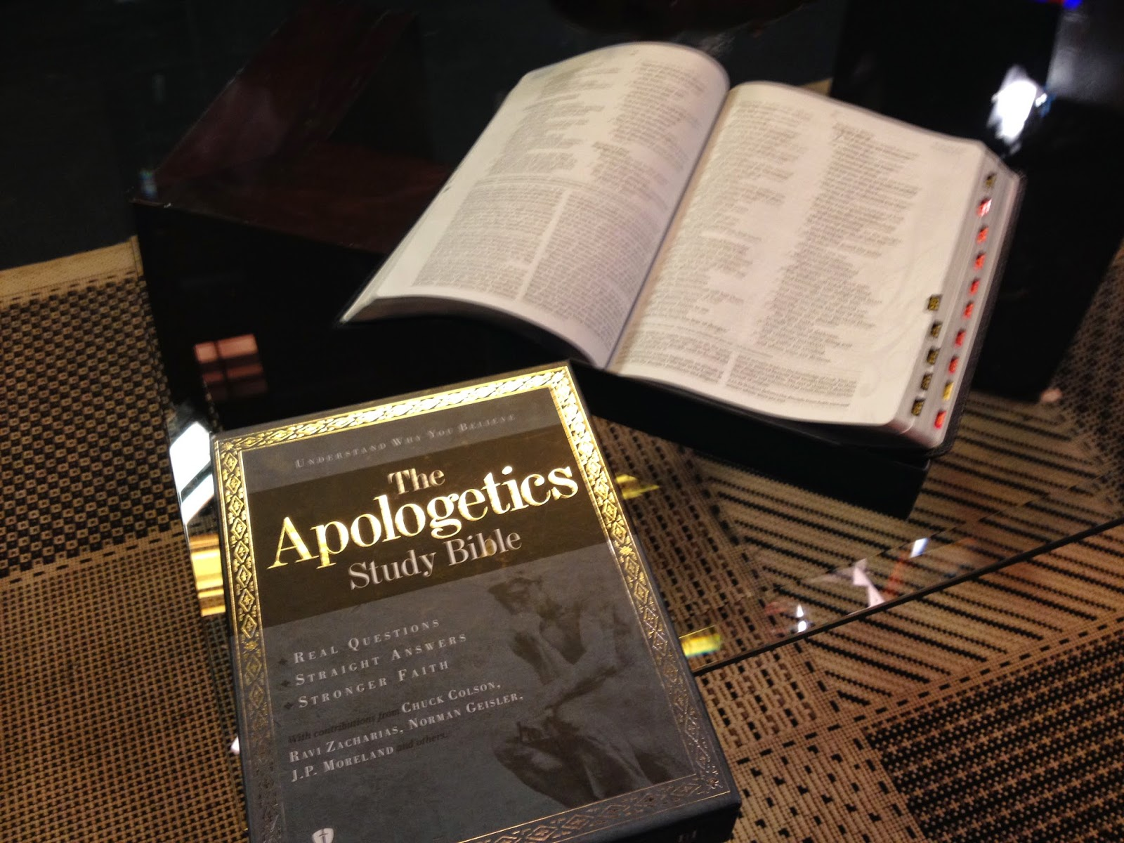 Apologetics - Daily Bible Online