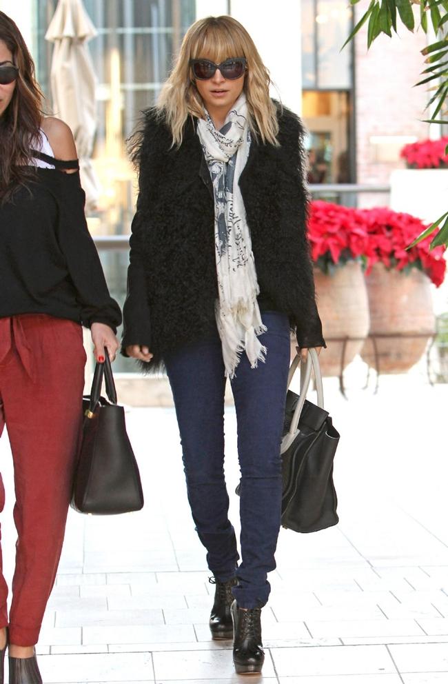 Celebrity Street Style Stylish Starlets
