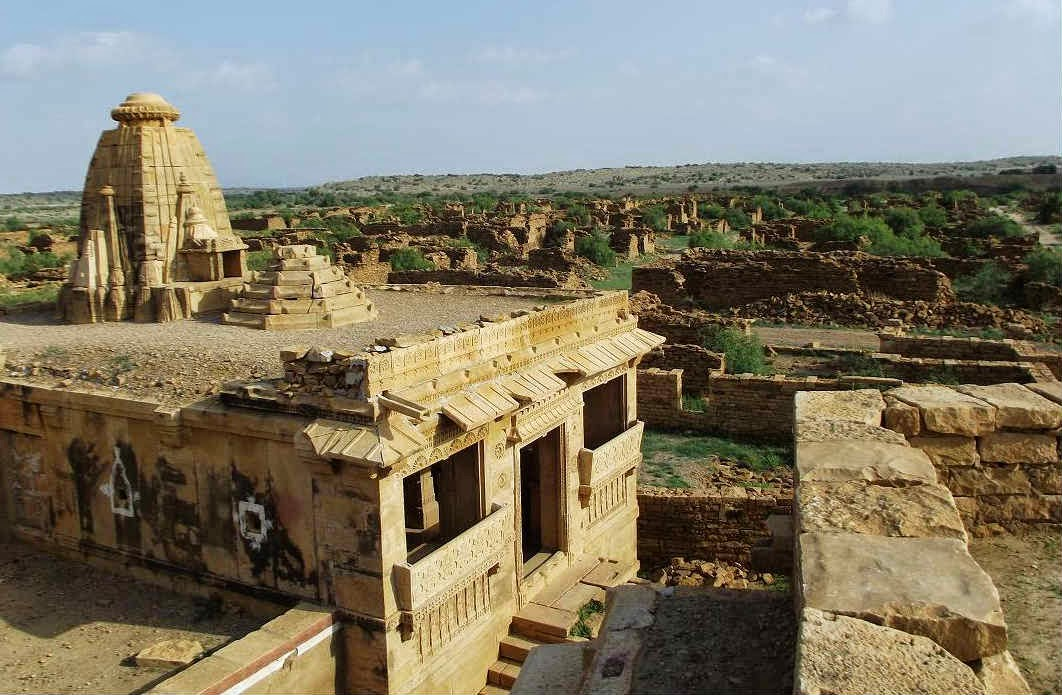 A temple in the ruins of Kuldhara