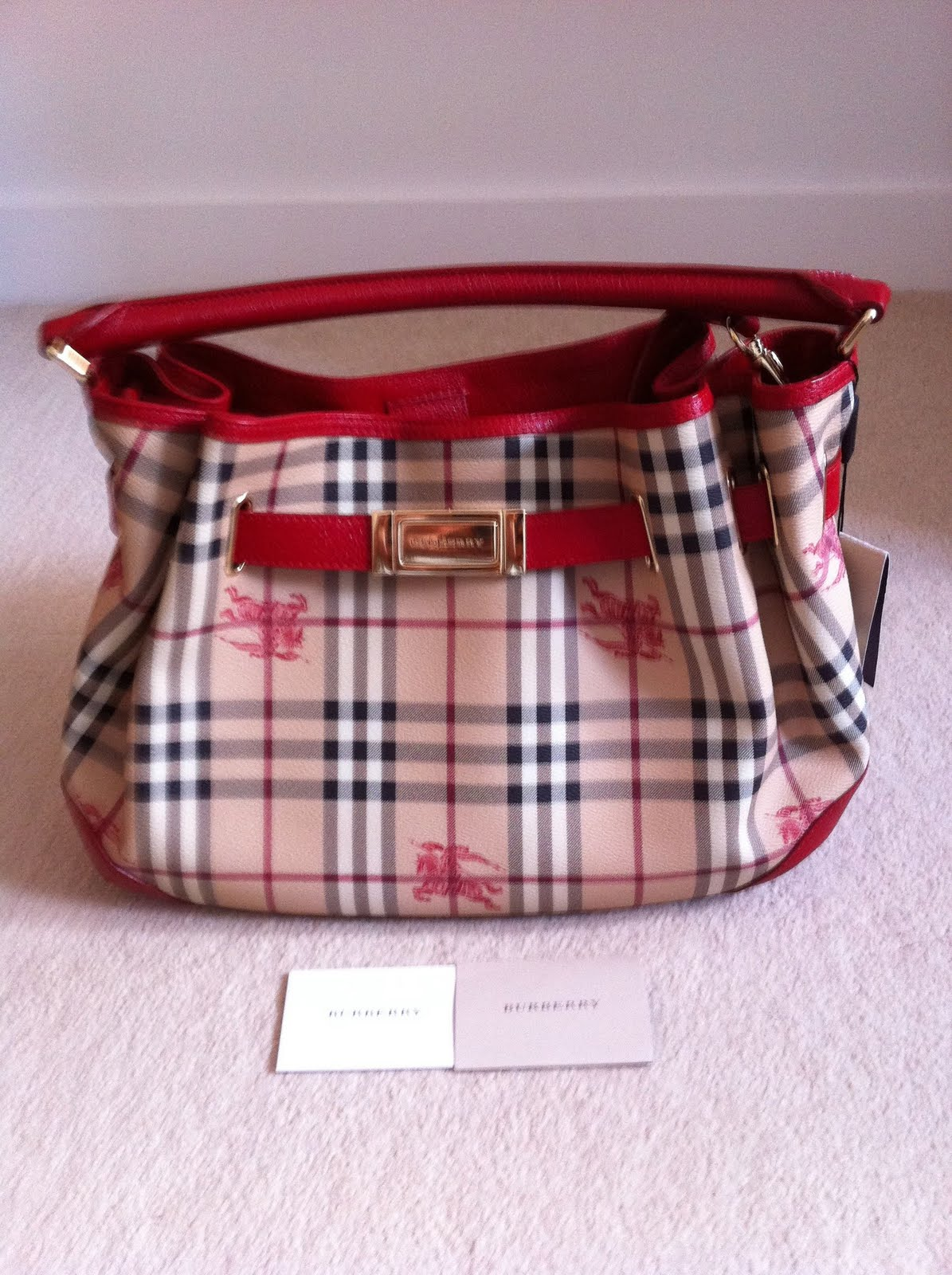 discounted genuine handbags new authentic burberry hobo bag for sale. Black Bedroom Furniture Sets. Home Design Ideas