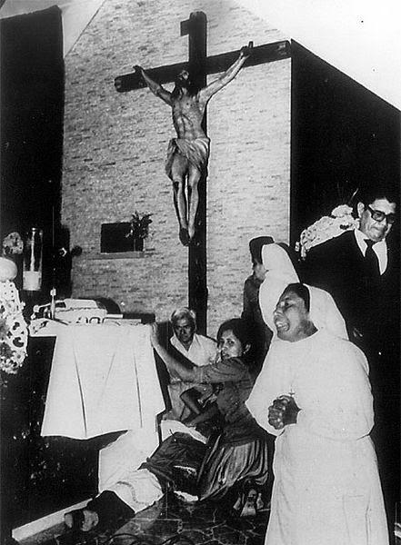 Asesinado ante el altar