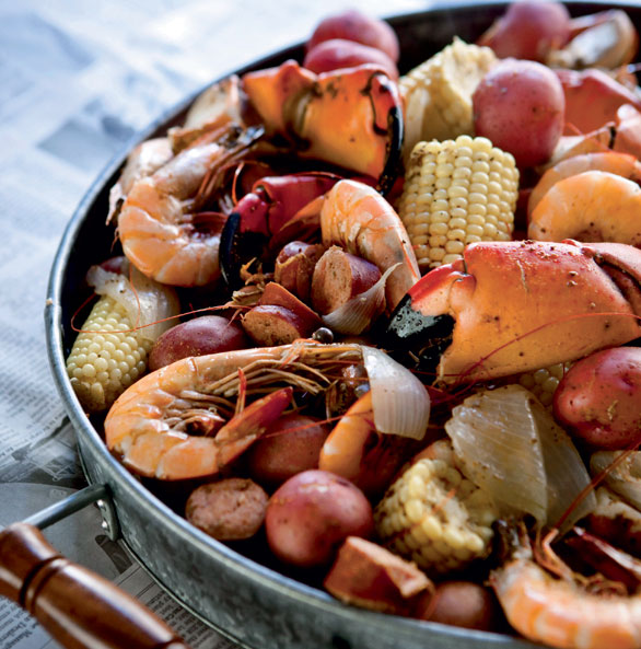 Sunday Supper, Grits, and Champagne: Frogmore Stew or Low ...