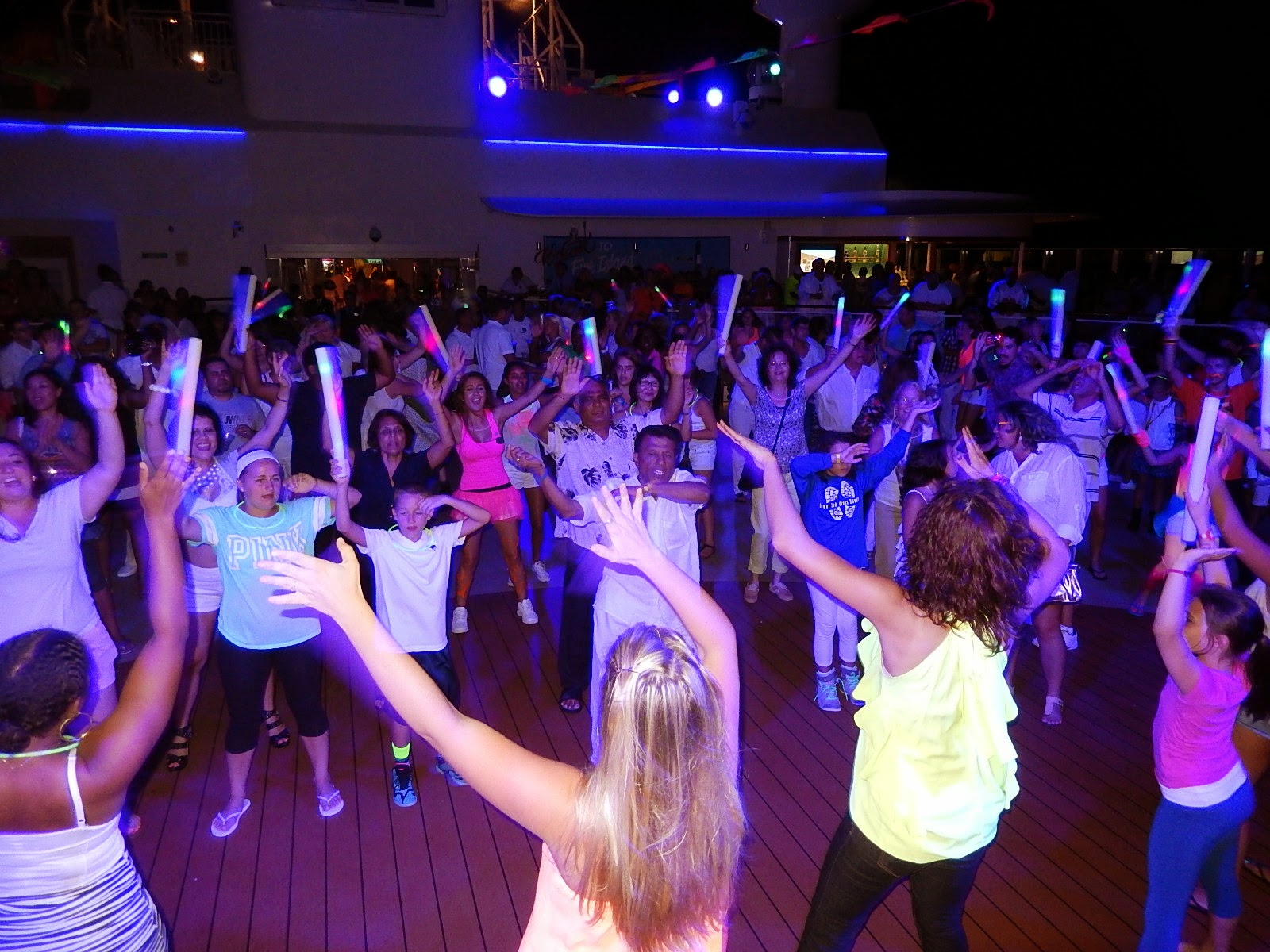 Save Pleasure Island Blog Glow Party On Norwegian Breakaway