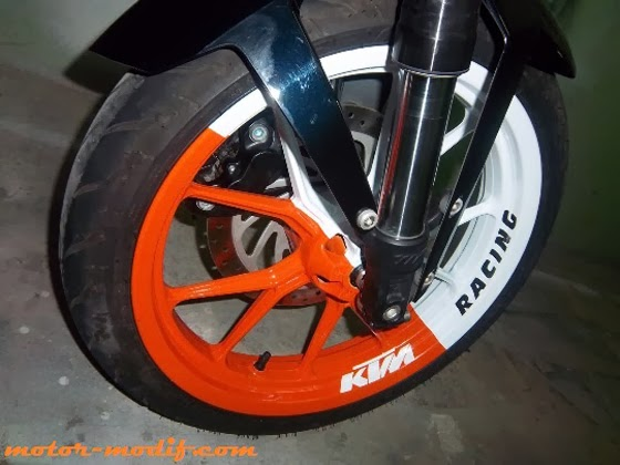 Foto Modifikasi KTM Duke 200