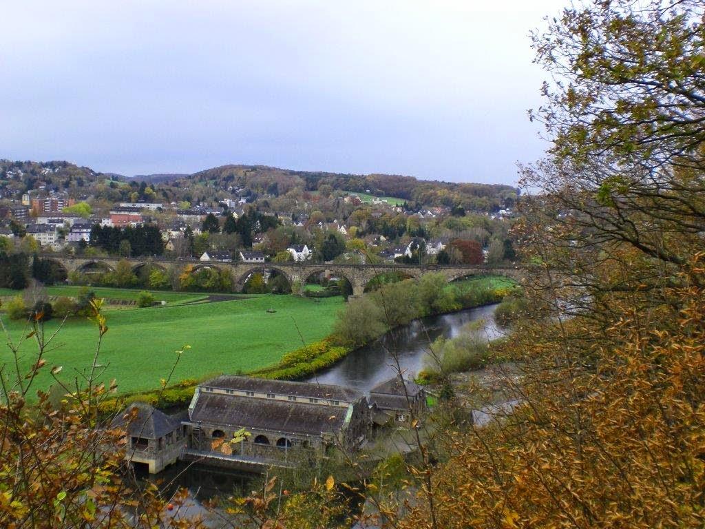 Ruhrtal Herbst Hunderunde