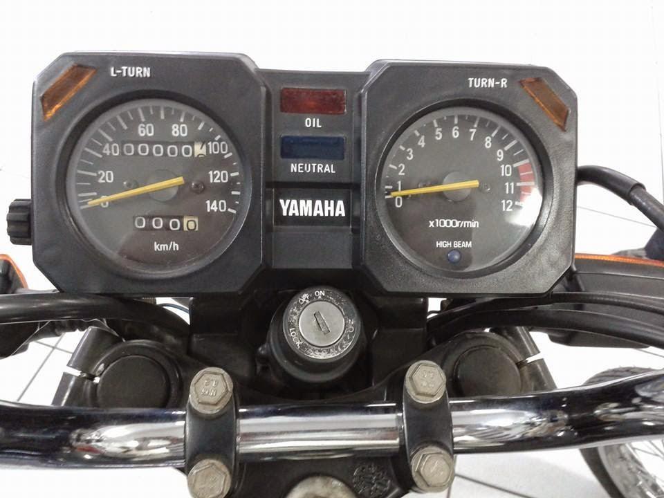 RD135 3 - MOSCA BRANCA - UMA RD135 ZERO KM