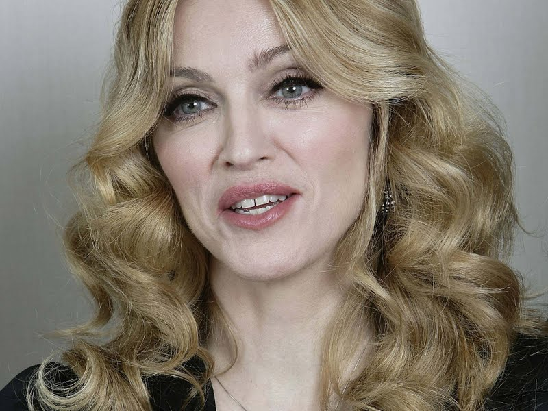 a biography of the american singer madonna Singer, performer and actress madonna louise veronica ciccone was born in bay city, michigan, on august 16, 1958, to parents silvio tony ciccone and madonna fortin tony, the son of italian immigrants, was the first of his family to go to college, where he earned a degree in engineering.