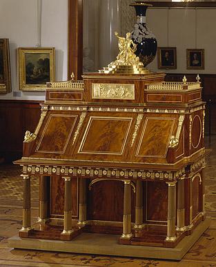 Давид Рентген (нем. David Roentgen, 1743-1807) Сын Абрахама Рентгена (1711 -93)