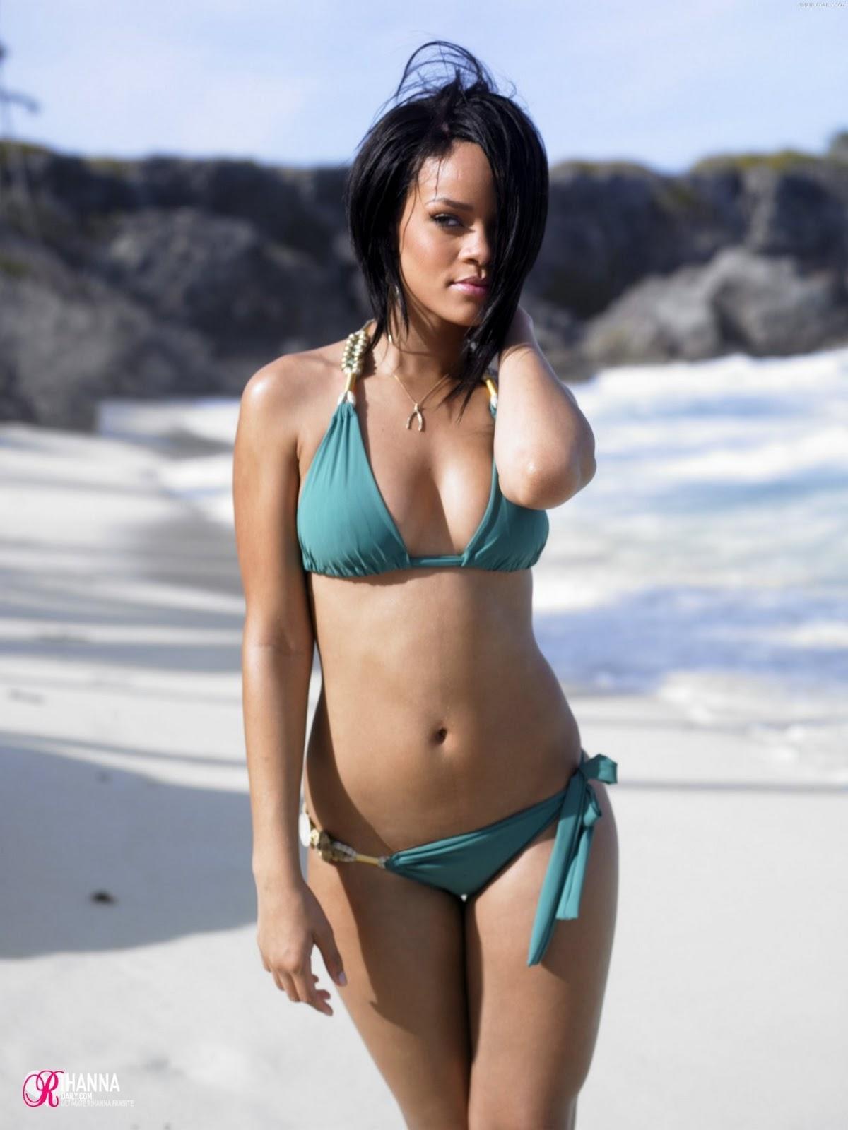 http://1.bp.blogspot.com/-NUGV7GPmRhg/TnYqjJkYduI/AAAAAAAAUlw/0G_4L2NDegM/s1600/Rihanna-beach.jpg