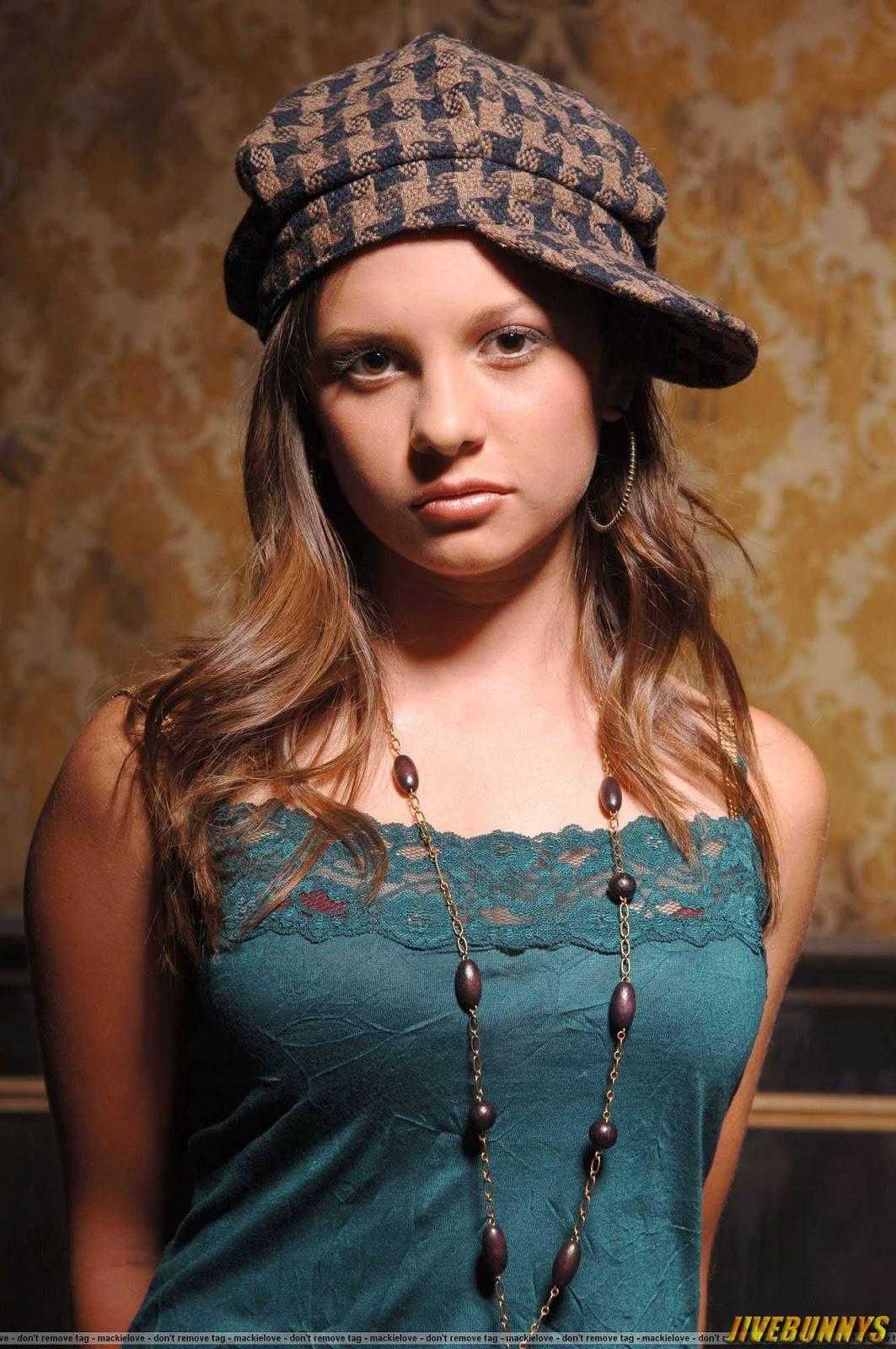 Mackenzie Rosman Hot Tv Star S Gallery