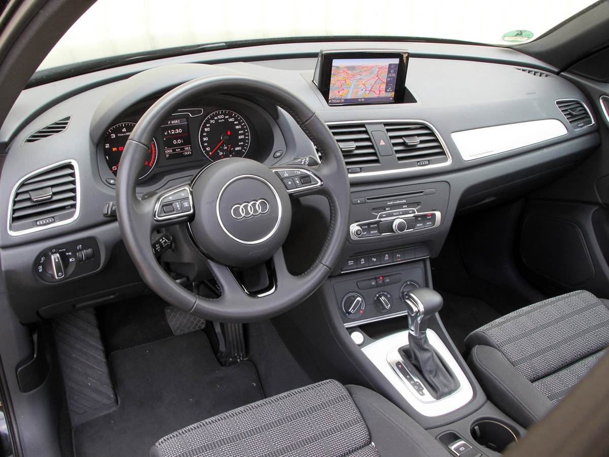 2015 audi q3 interior car interior design. Black Bedroom Furniture Sets. Home Design Ideas