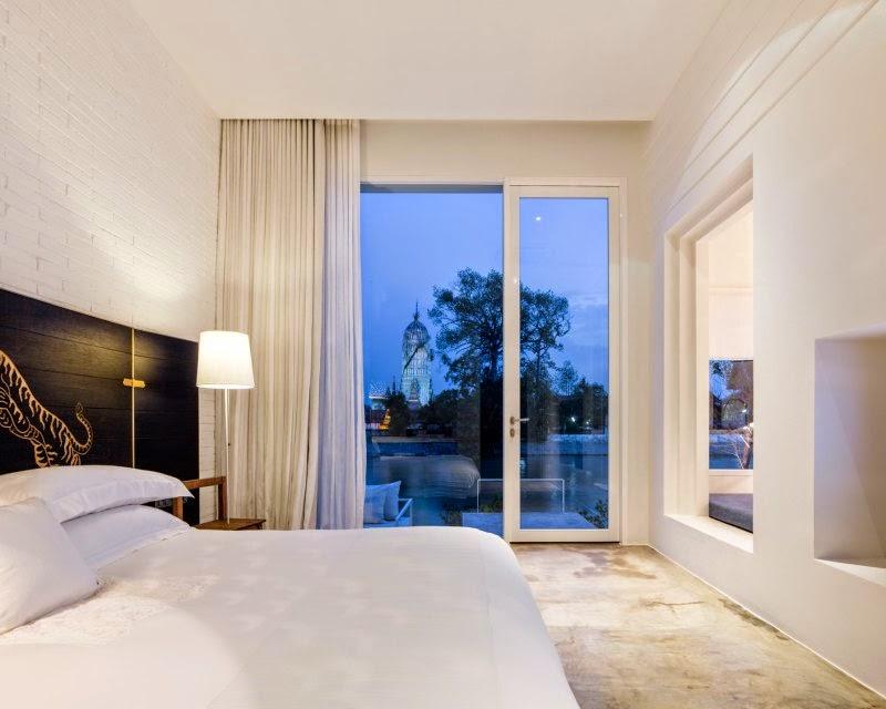 ritme-perpaduan-bata-merah-dinding-fasad-putih-sala-ayutthaya-hotel-sungai-chao-phraya-018