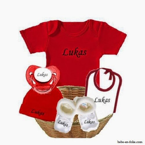 Vétement bébé naissance en rouge