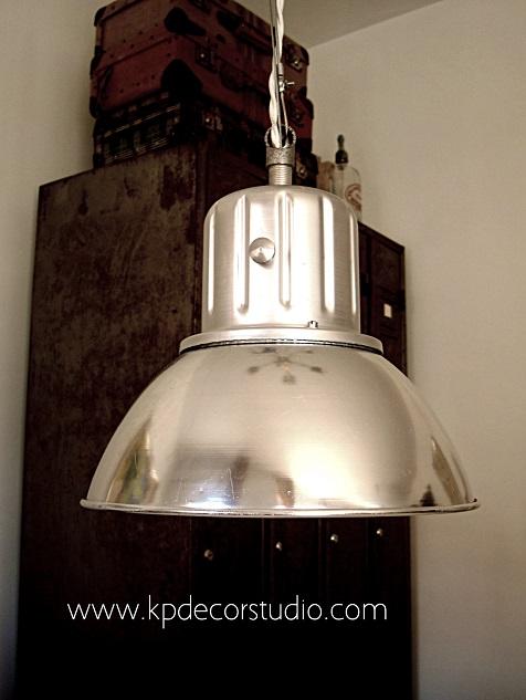 Iluminación estilo industrial. Lámparas y mobiliario industrial para decoradores en valencia y madrid