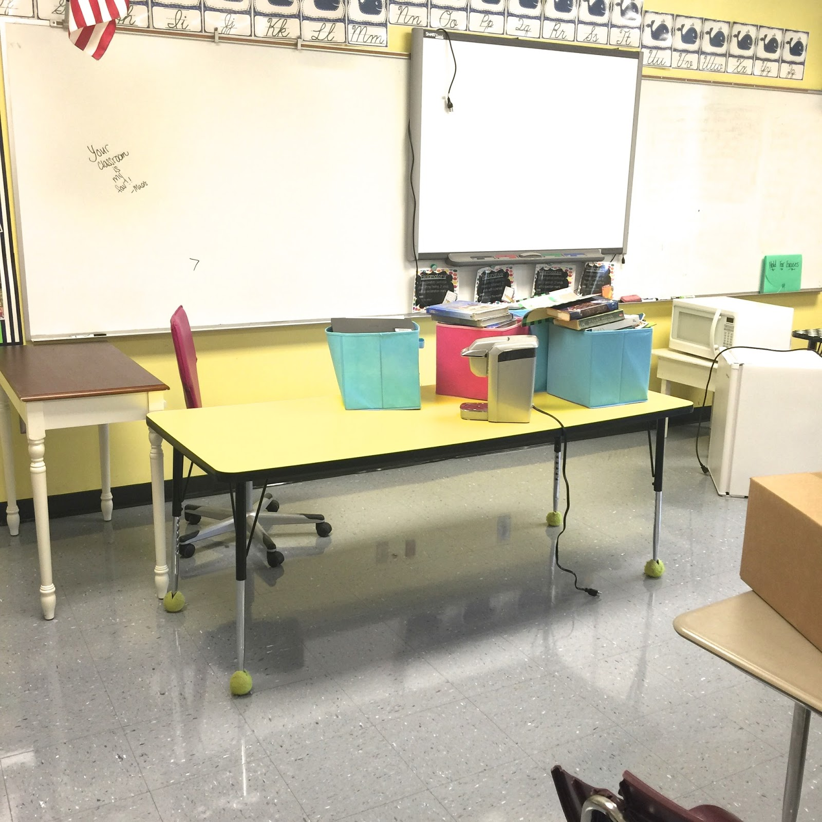 Life in Fifth Grade Classroom Makeover Day 1