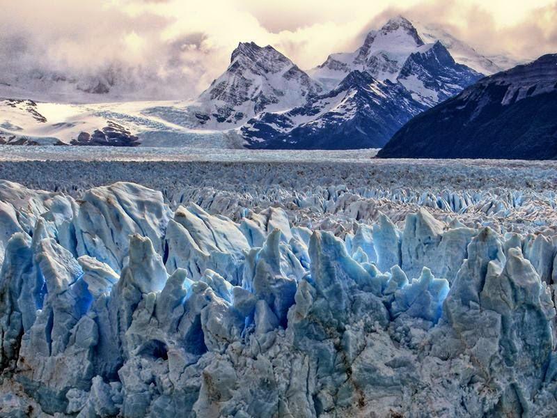 Perito Moreno Glacier, Los Glaciares National Park, on Lago Argentina near El Calafate, Argentina.